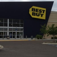 Photo taken at Best Buy by Steven B. on 6/2/2012