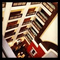 Photo taken at Hilton Garden Inn Austin Downtown/Convention Center by Vince G. on 3/10/2012