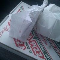 Photo taken at Vinni's Pizzarama by 98 on 1/21/2012