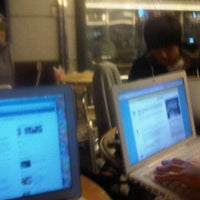 Photo taken at HOLLYS COFFEE by Hannah Hyunah K. on 10/10/2011