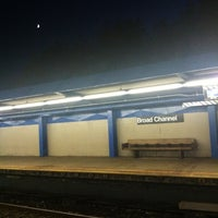 Photo taken at MTA Subway - Broad Channel (A/S) by Allison C. on 9/4/2011