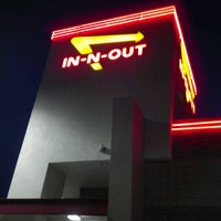 Photo taken at In-N-Out Burger by Shawna W. on 5/12/2012
