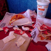 Photo taken at Taco Bell by Liz M. on 3/23/2012