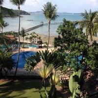 Photo taken at Rayong Resort by 💃 ..ไหมแพร ว. on 4/12/2012