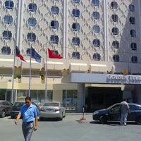 Photo prise au Golden Tulip El Mechtel par Nabil B. le7/16/2012