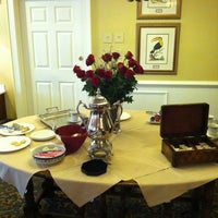 Photo taken at The Bellmoor Inn & Spa by Certified S. on 3/24/2011