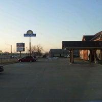 Photo taken at Days Inn by Trucker4Harvick . on 2/27/2012