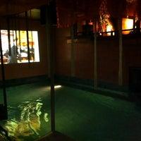 Photo taken at Chakran Sauna (ฉกรรจ์) by Punnipast P. on 11/22/2011