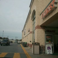 Photo taken at Giant Food Store by Christopher Y. on 10/28/2011