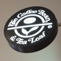 Photo taken at The Coffee Bean & Tea Leaf by Miky 心. on 7/7/2012