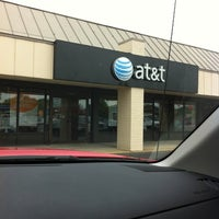 Photo taken at AT&T by Arys D. on 5/28/2011