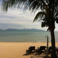 Photo taken at Maenamburi Resort by Kris P. on 6/30/2012