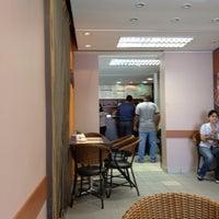 Photo taken at Grão Espresso by Steven P. on 3/13/2012
