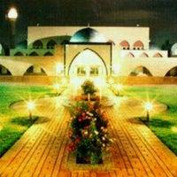 Photo taken at Jamiatul Islamiyah Darul Uloom Zakariyya by Ayie S. on 6/29/2012