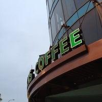 Photo taken at Starbucks by David G. on 7/26/2012