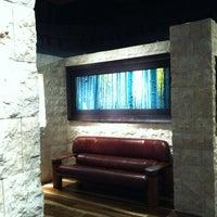 Photo taken at Peter Lik Fine Art Gallery by SDizz on 3/12/2012
