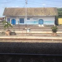 Photo taken at Stasiun Jombang by Gavendra D. on 7/24/2012