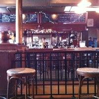 Photo taken at Nodding Head Brewery & Restaurant by Suz R. on 4/20/2012