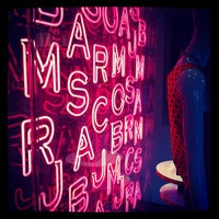 Photo taken at Marc Jacobs Beauty - Closed by Cem A. on 8/25/2012