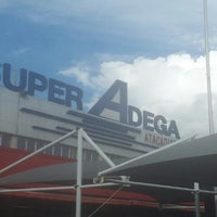 Photo taken at Super Adega by Leandro V. on 12/30/2011