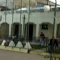 Photo taken at Alcaldía Municipal de Santiago Texacuango by Juan Ramon O. on 6/19/2012