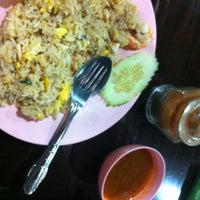 Photo taken at Thai Food by Carynn Y. on 5/10/2012