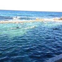 Photo taken at Bronte Beach Pool by 高手놀리밑™ on 2/11/2012