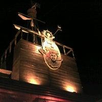 Photo taken at Pizzaria Cara de Mau by Eduardo P. on 11/6/2011