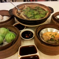 Photo taken at Chokdee Dimsum by Chin R. on 10/31/2011