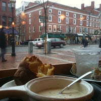 Photo taken at Popovers on the Square by Patricia E. on 12/31/2011