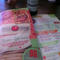 Photo taken at Pizza Fusion by Treshea on 12/28/2011