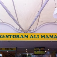 Photo taken at Restoran Ali Mama by Hizam Ishak on 10/18/2011