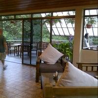 Photo taken at Liwagu Restaurant by Noor Zaitul Akmar I. on 8/26/2012