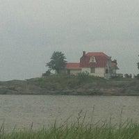 Photo taken at Neljän Tuulen Tupa / Fyra Vindarnas Hus by Mia B. on 7/8/2012