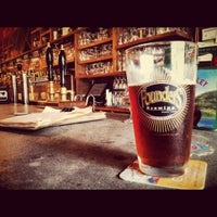Photo taken at The Porter Beer Bar by Lanero H. on 8/17/2012