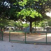 Foto tirada no(a) Praça General Osório por Fernanda S. em 8/18/2012
