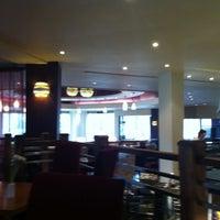 Photo taken at Hilton Warwick / Stratford-upon-Avon by Mihai S. on 3/31/2012