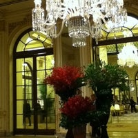 Photo taken at The Oak Room at The Plaza Hotel by Tonia on 1/14/2011