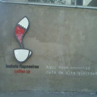 Photo taken at Coffee Lab by Leandro D. on 8/18/2011