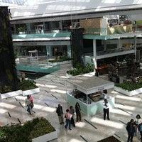Photo taken at Gran Terraza Lomas Verdes by Beto P. on 1/30/2011