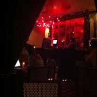 Photo taken at Kimpton Onyx Hotel by Dana I. on 3/1/2012