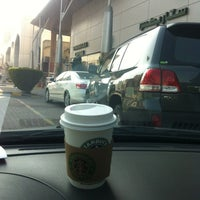 Photo taken at Starbucks by Kaifany on 12/22/2011