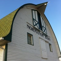 Photo taken at Indiana State Fairgrounds Normandy Barn by Nora S. on 8/3/2011