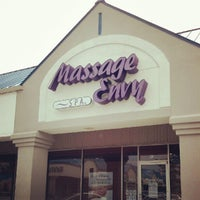 Photo taken at Massage Envy - Edgewater by Nazim P. on 8/25/2012