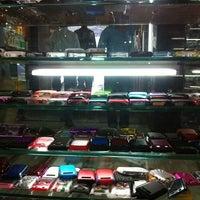 Photo taken at Heera Panna Shop No. 88 by Jayesh G. on 2/28/2012