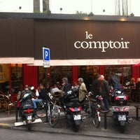 Photo taken at Le Comptoir du Relais by heykel on 11/4/2011
