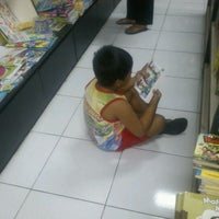 Photo taken at Rumah Buku by Syaiful A. on 6/5/2012
