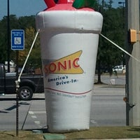Photo taken at SONIC Drive In by Dan J. on 9/10/2011
