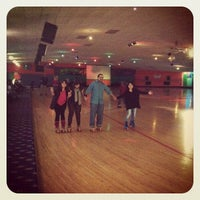 Photo taken at Sparkles Family Fun Center of Smyrna by holly s. on 11/12/2011