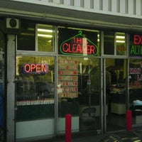 Photo taken at Marlo Custom Dry Cleaning Co. by QUEEN on 11/16/2011